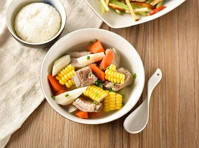 暖心暖胃的苦荞排骨汤